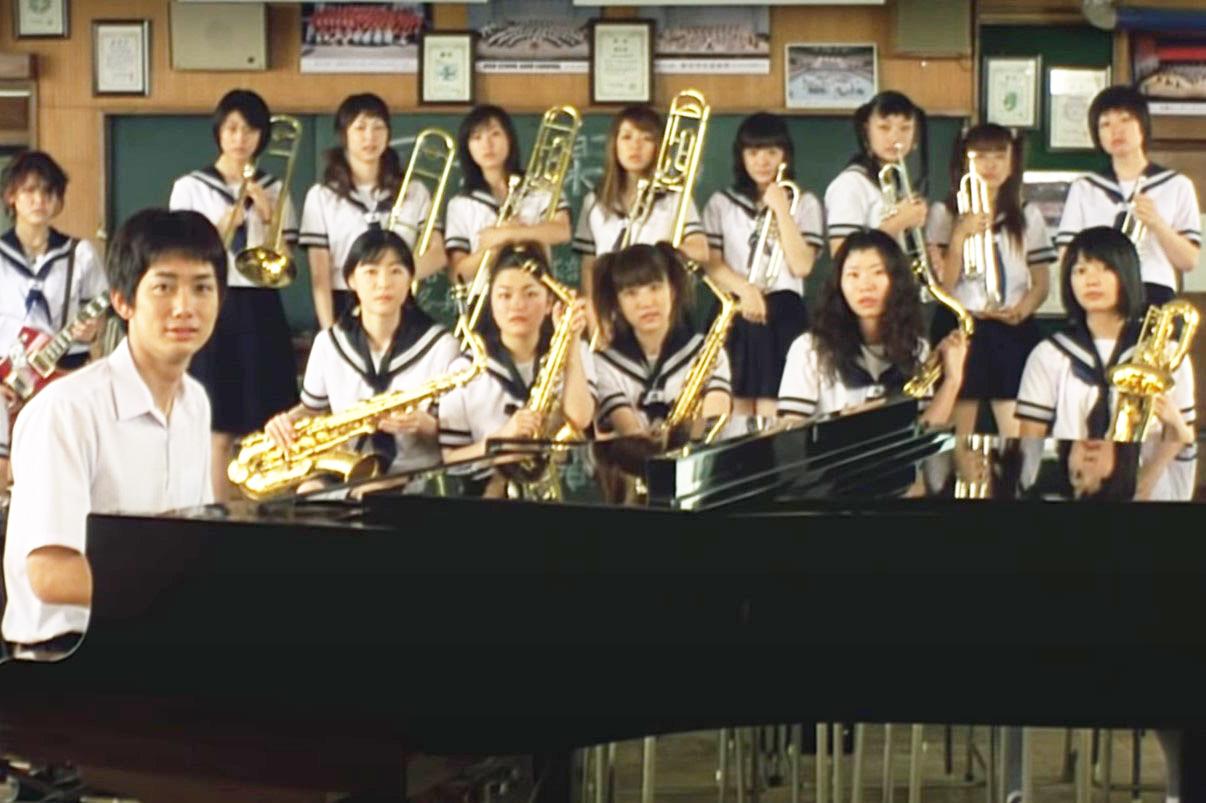 スウィングガールズ 練習するバンドメンバーたち