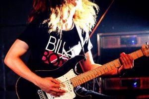 インディーズバンドからギタリストへ!あをきをインディーズ・メジャーデビューを目指すミュージシャンのためのバンド活動お役立ち音楽情報サイトBandKnowledgeで紹介