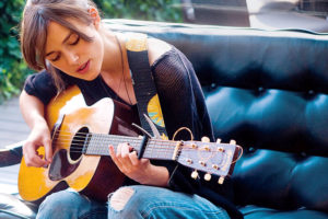 映画『はじまりのうた』はキーラナイトレイの歌が素敵!