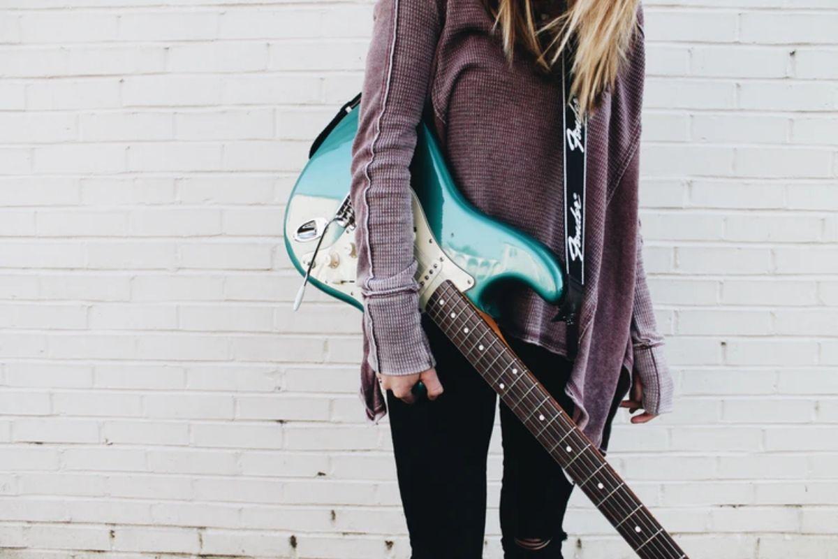 女性ミュージシャン